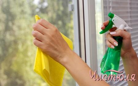 Как мыть пластиковые окна от пятен