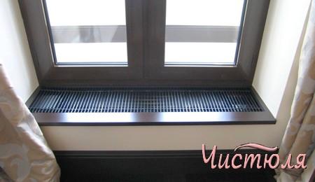 Вентиляционная решетка в подоконнике